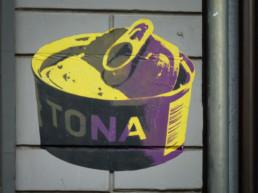 #0111 Tona Can
