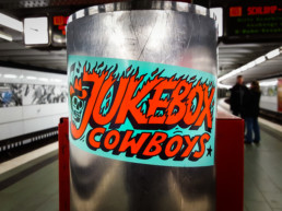 #0238 Jukebox Comboys