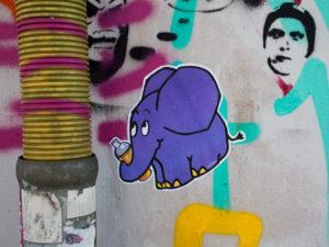 #0430 Blauer Elefant