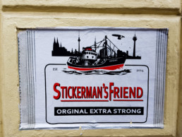 #0478 Stickerman's Friends