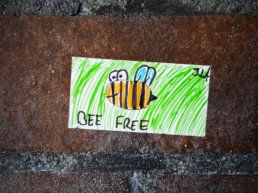 #0487 Bee Free